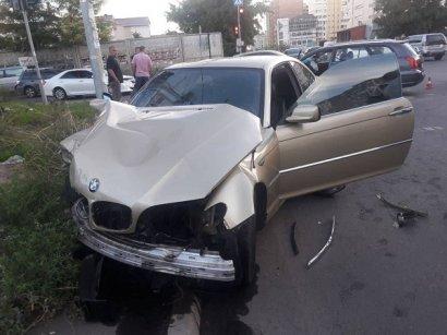 ДТП на посёлке Котовского: столкнулись BMW и Mazda