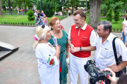 Сергей Кивалов поздравил украинцев с Международным днем пожилых людей