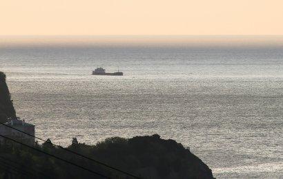 Кораблекрушение в Черном море: Люди успели эвакуироваться