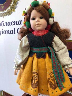 Еще одна кукла-красавица получила вторую жизнь