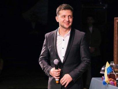 Владимир Зеленский в шутливой форме попытался представить себя как независимого кандидата в президенты. ВИДЕО