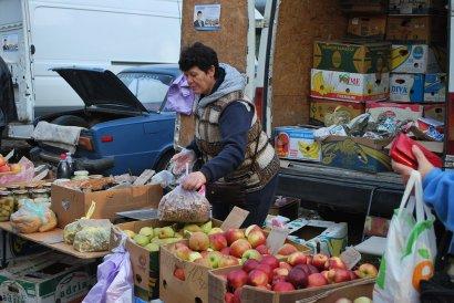 В Малиновском районе проходят продовольственные ярмарки