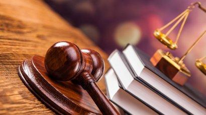 Одесскому адвокату грозит 3 года тюрьмы за похищение материалов дела из суда