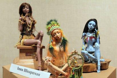 В Одессе показали уникальную выставку антикварных кукол