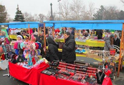 Аллеи парка Шевченко на месяц превратились в «Лавку мастеров»
