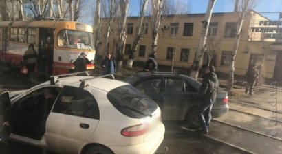 В Одессе из-за ДТП заблокировано движение трамвая №7