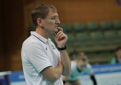 Южненские волейболистки остались без тренера