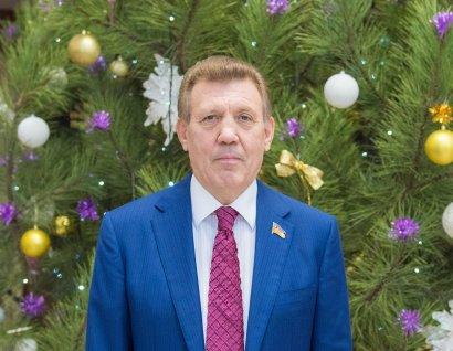 Сергей Кивалов поздравил сограждан с Новым 2019-м годом!