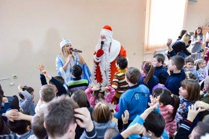 Накануне Нового года в Международном гуманитарном университете прошел утренник для детей-сирот