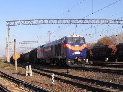 Забуксовавший локомотив из США выручил старый тепловоз советской постройки