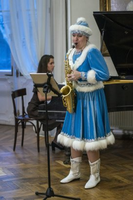 Анна Степанова продолжает экспериментировать в сфере синтеза искусств