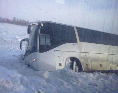 В Одесской области из-за непогоды микроавтобус съехал в кювет
