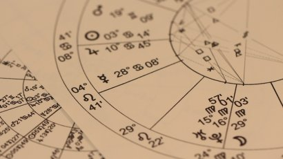 """Астрологи рассказали, кому из знаков зодиака надо """"включить мозги"""""""