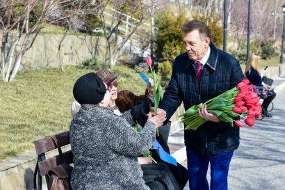 Сергей Кивалов поздравил одесситок с Международным женским днем