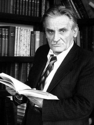 «Человек-спектакль»: юбилей Юрия Олеши
