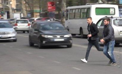 Операция «Пешеход»: в Одессе ловили нарушителей