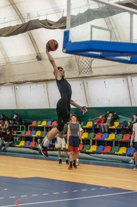 Спорткомплекс МГУ собрал звезд баскетбола Южного дивизиона