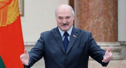 Лукашенко предложил назначать на высокие должности только многодетных отцов