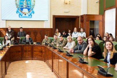 В  Одесской Юракадемии собрались ведущие социологи со всей Украины