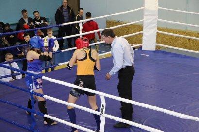Одесситы Олег Гута и Анита Ходеева стали чемпионами Украины по таиландскому боксу