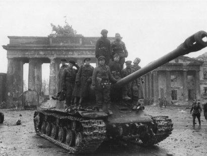 Зачем и как борются за «память» о Великой Отечественной войне