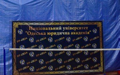 В Одессе проходит первенство вузов по бадминтону