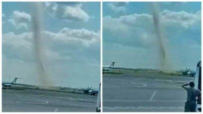 Возле Одесского аэропорта пронесся смерч (видео)