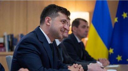 Парламент против Зеленского подыгрывает «Слуге народа». Обзор украинских политических событий с 1 по 6 июня