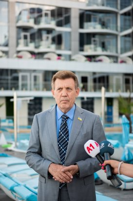 Сергей Кивалов поздравил работников СМИ с профессиональным праздником