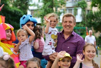 В одесские дворы заглянул детский праздник