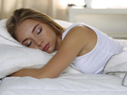 Жертвовать сном в рабочие дни и отсыпаться на выходных вредно – Супрун