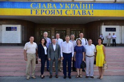 Сергей Кивалов подал документы в Центральную избирательную комиссию