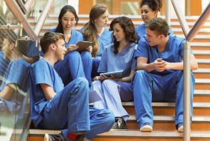 Студенты-медики массово отказываются сдавать экзамены по американской системе