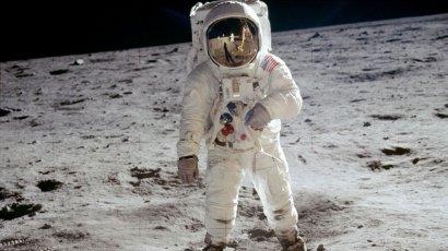 В США случайно нашли кадры высадки на Луну в 1969-м: видео