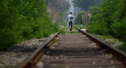 Под Киевом поезд сбил 21-летнего парня