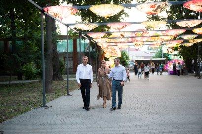 В Одессе проходит фестиваль гигантских китайских фонарей