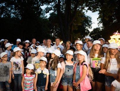 В Одессе проходит фестиваль гигантских китайських фонарей