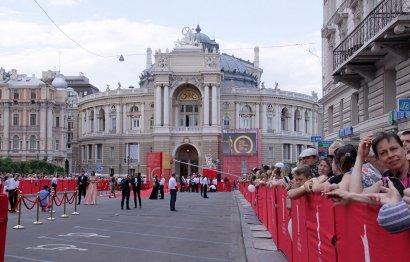 Красная дорожка одесского кинофестиваля.