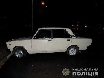 В Одесской области фейковые таксисты угрожали своему пассажиру ножом и ограбили его