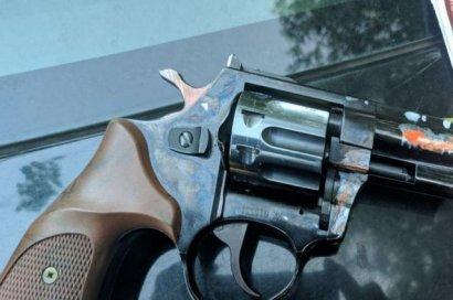 В Днепре иностранец начал стрельбу на территории детской спортшколы