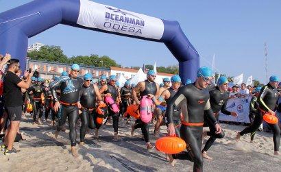 Oceanman-2019: в Одессе проходит грандиозный морской заплыв.