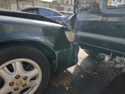 Сразу две аварии на одной улице в Одессе привели к пробке