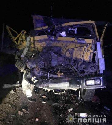 Смертельное ДТП под Одессой: погиб пассажир грузовика