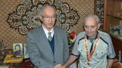 Одесских ветеранов наградили юбилейными орденами Китая
