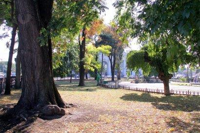 Привокзальная площадь Одессы – своеобразный коридор, через который гости попадают в город.
