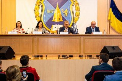 День открытых дверей в Одесской Юракадемии: студенты ознакомились с перспективными направлениями обучения