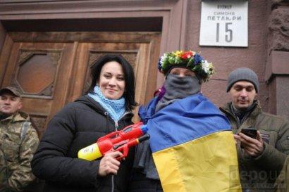 «Политическое» беснование вопреки Закону: кому-то приспичило расшатать Украину бунтом