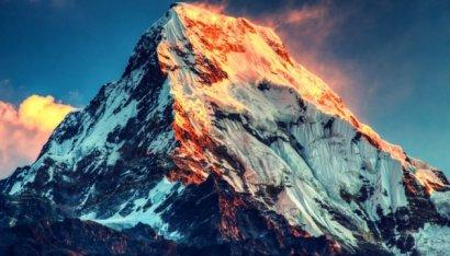 В Непале могут изменить условия для восхождения на Эверест