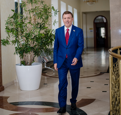 Сергей Кивалов поздравил украинских адвокатов с профессиональным праздником