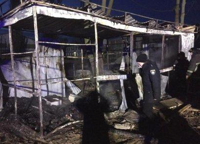 Три человека погибли в сгоревшем строительном вагончике в Лиманском районе